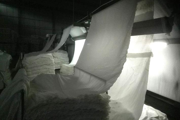 灯芯绒面料如何割绒及粗细条灯芯绒的由来!