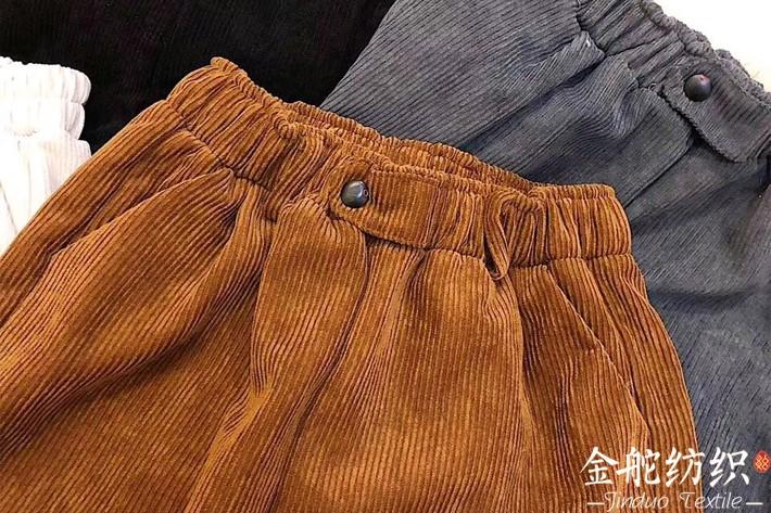 质量一般的灯芯绒裤子