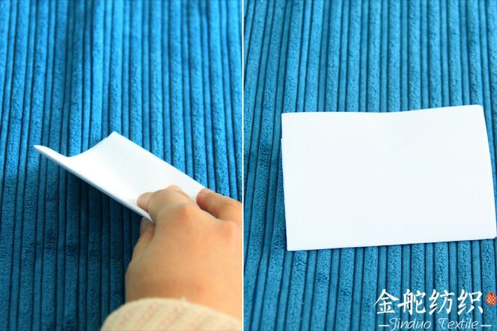 白纸擦拭看灯芯绒色牢度