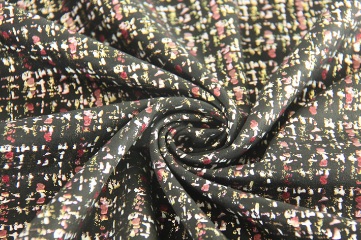 烫金空气层麂皮绒布,手感柔软,Q弹,厚实