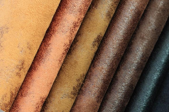 烫金麂皮绒表面效果