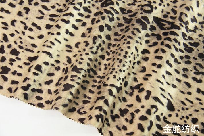 豹纹麂皮绒印花,花型细节图