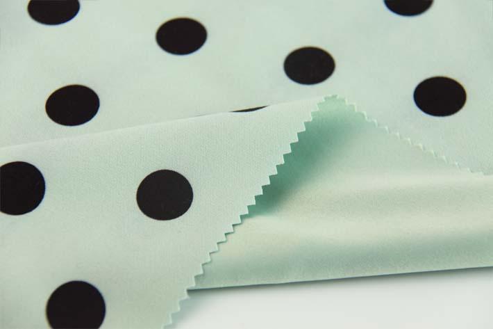 印花韩国绒表面斜纹效果,及短细腻的绒毛效果