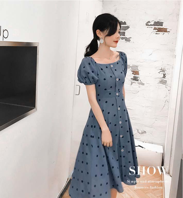 印花韩国绒成衣模特展示